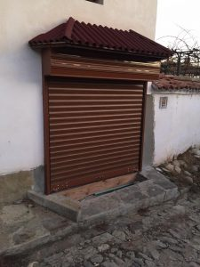 garaj-1-225x300